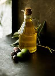 olivový olej aby zdravé vlasy neboli suché vlasy
